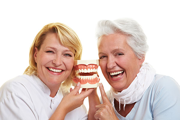 Tips For Getting Used To Dentures